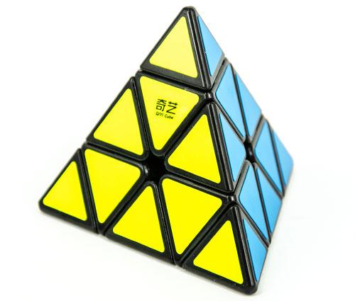 QiYi QiMing A Pyraminx