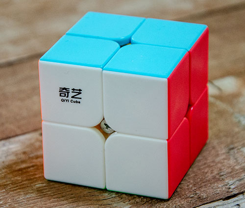 QiYi QiDi 2x2 Stickerless Kocka