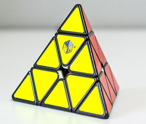 YX Little Magic Pyraminx Crni